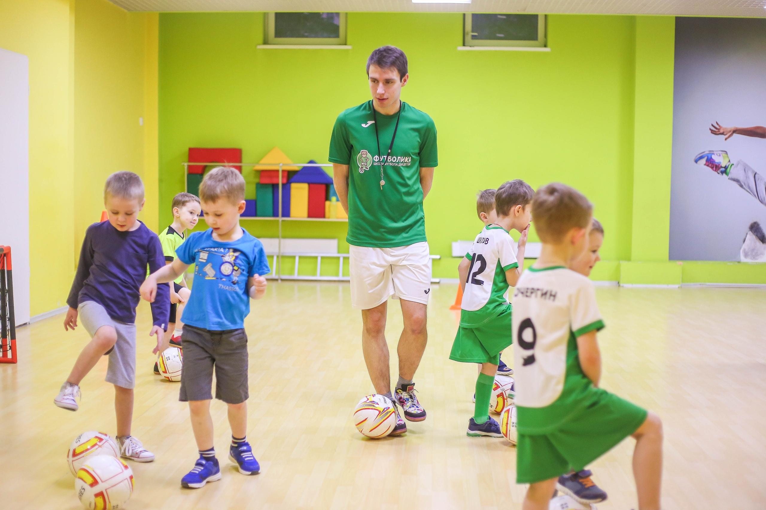 тренер футболики Шахрай Семен
