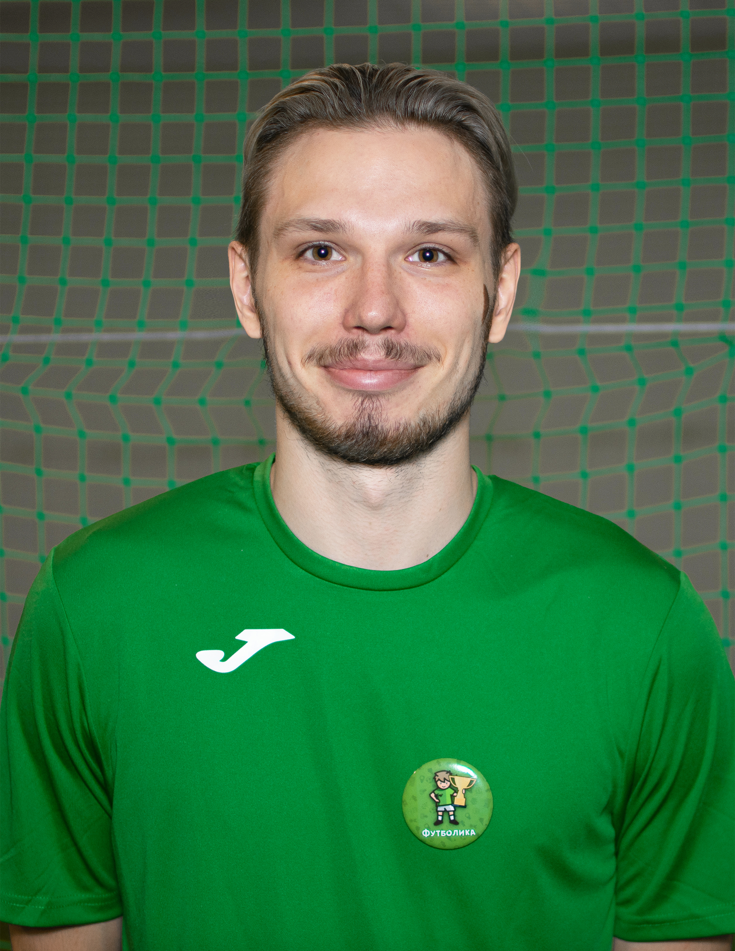тренер футболики Искандаров Егор